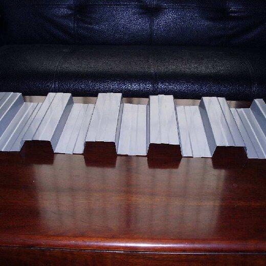 供應彩鋼板性能可靠,防腐彩鋼板