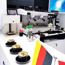 飛馬半自動咖啡機出租意式現磨咖啡機出租咖啡機短期出租租賃圖片