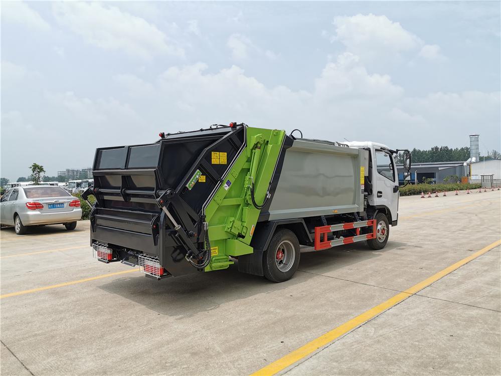 厦门全自动垃圾车环卫垃圾车环卫设备厂