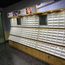 供應廣西鐵藝眼鏡展示柜南寧興寧制作實木眼鏡柜廠家設計圖片