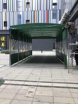 大型戶外推拉式防雨棚電動折疊遮陽蓬伸縮車棚子防疫移動收縮帳篷