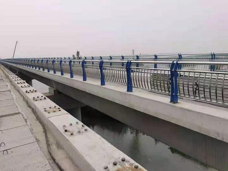 河道景观护栏 河道护栏桥梁防撞栏杆 便于运输,易安装