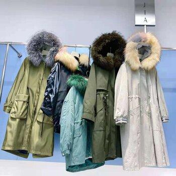 阿爾巴卡深圳女裝批發市場甘肅女裝店一二線品-牌折扣女裝