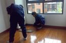 南京建邺区家政保洁公司深度保洁日常保健擦玻璃图片